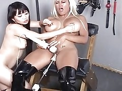 oriental chicos playing fuck machine asian lesbians masturbation sex toys