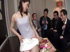 marina matsumoto adores swallowing tons snakes live camera cum facial