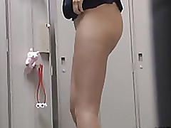 office lady petite short skirt enjoys hardcore hammering water closet